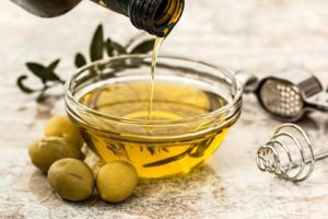 olive oil helps burn fat and boost metabolism